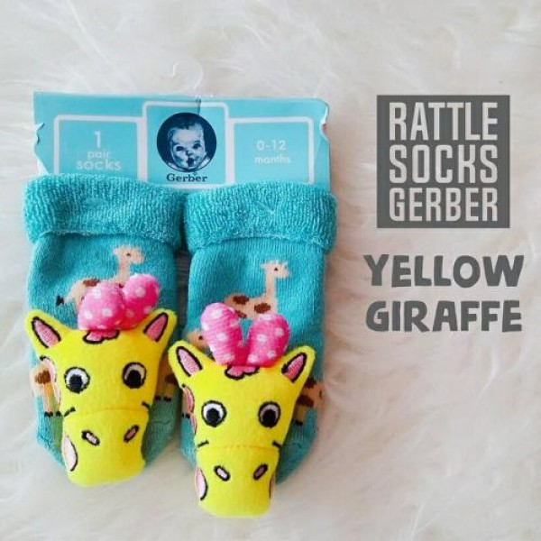 Gerber Rattle Socks 3D Yellow Giraffe